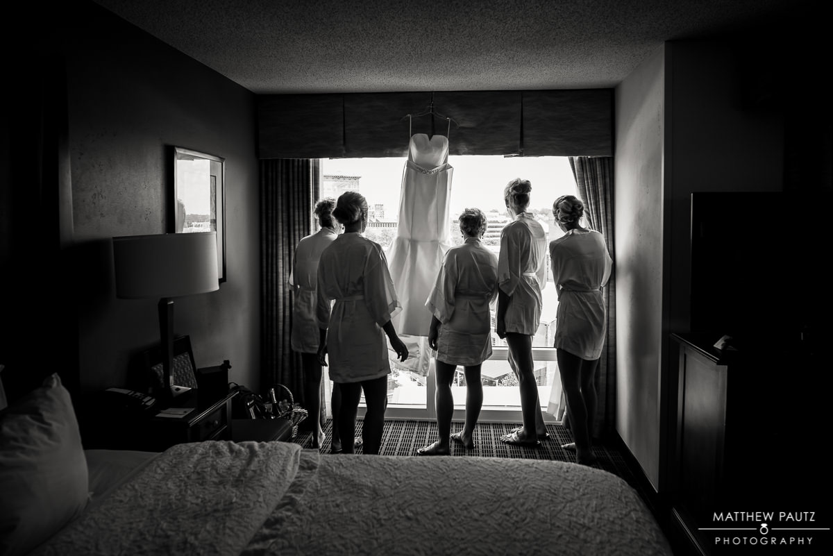 Hampton Inn RiverPlace Wedding Photos | Greenville Wedding Photographers