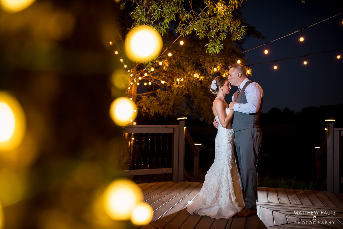 The Oaks Wedding Photos | Nighttime Couple's Photos