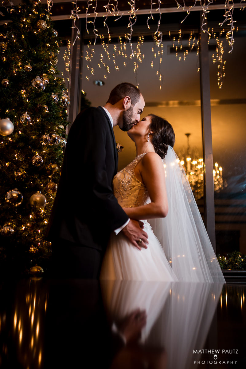 Greenville wedding photographers | bride and groom kissing