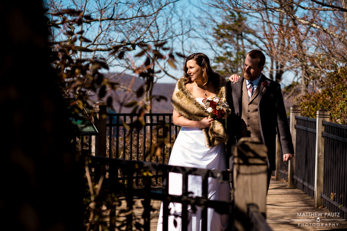 elopement photos at caesars head state park overlook
