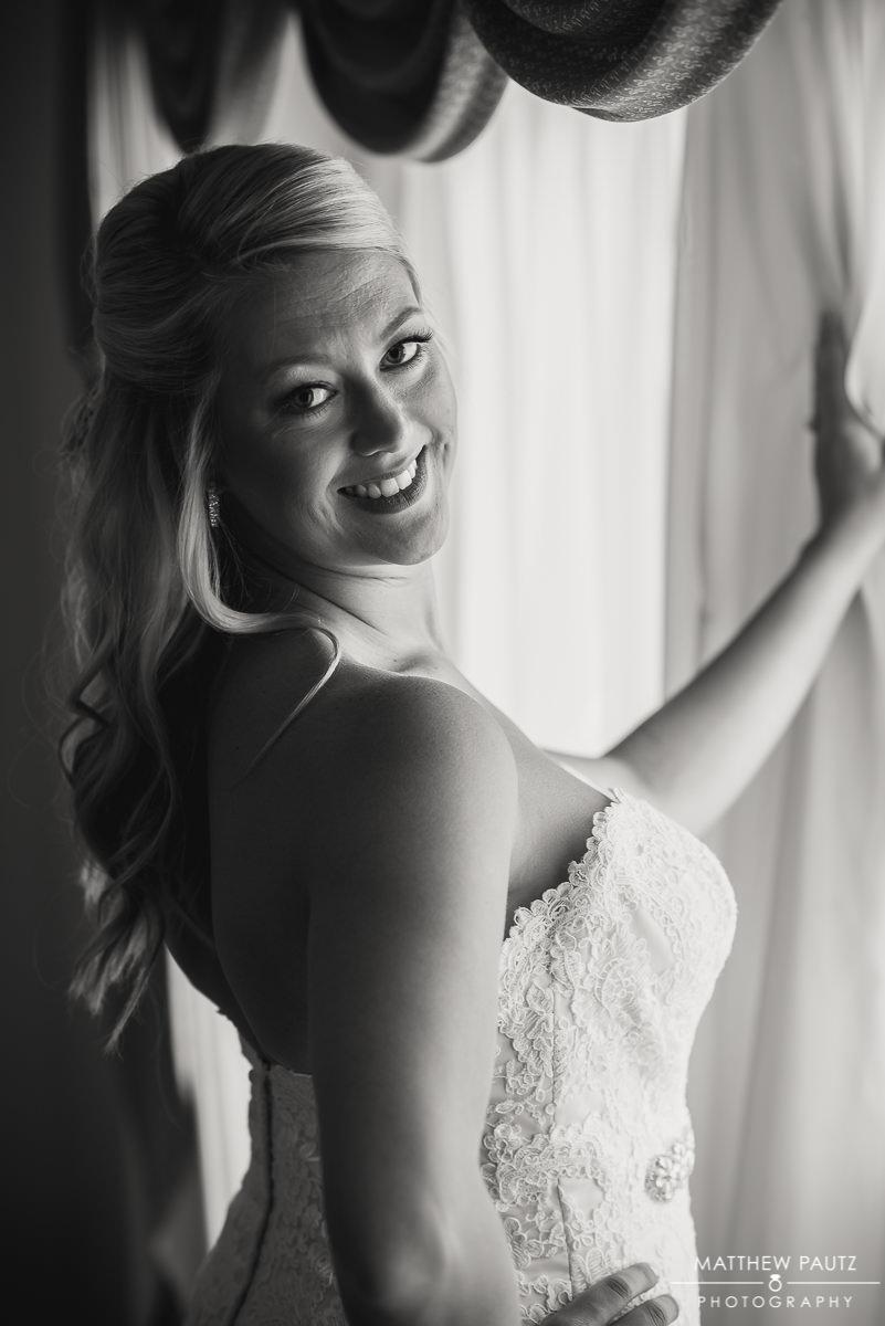 bridal photo at The Island House