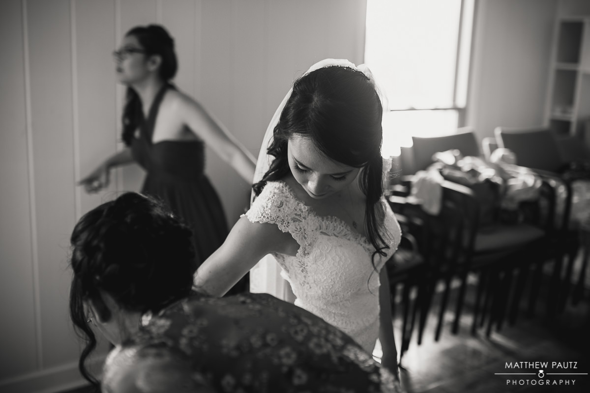 bride getting ready at Our Lady of La Vang catholic church